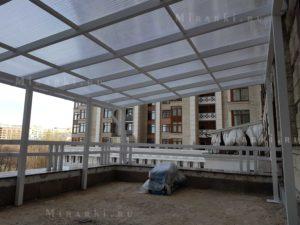 Навесы над террасой и балконом